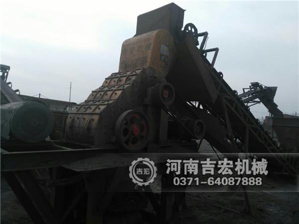 大型双击式煤矸石破碎机